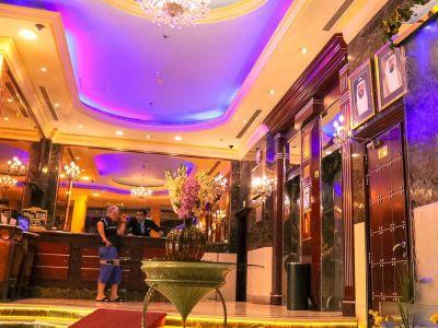 Al Maha Regency Hotel Suites 4*