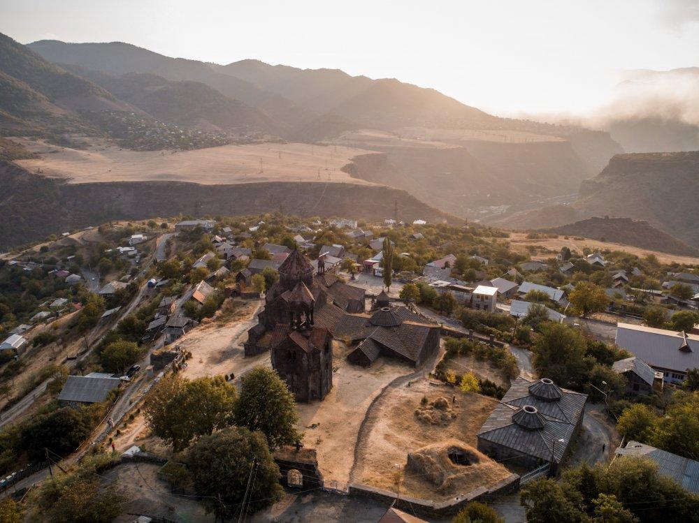 Armėnijos magija: laukiniai kalnai ir senoji architektūra 8d.