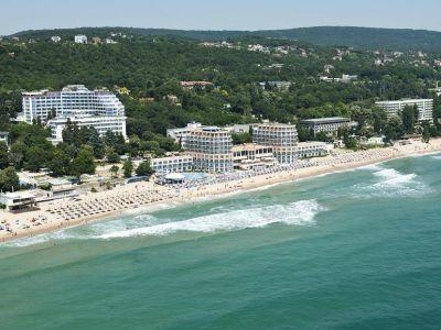 Azalia Hotel & Spa 4+*