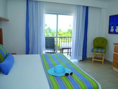 Beachscape Kin Ha Villas & Suites 4*