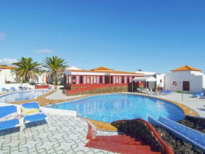 Castillo Beach Club 2*