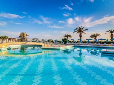 Creta Star Hotel 4*