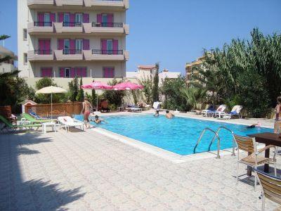 Eleni Palace apartamentai