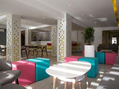 Flora Maria Hotel 3*