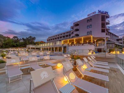 Hotel Malin 4*
