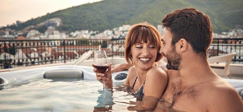 2021 metų vasarą atostogaukite didingoje Juodkalnijoje! Poilsis prie Adrijos jūros!