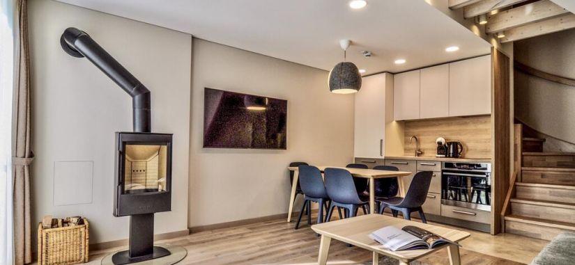 """Poilsis gamtos bei ramybės apsuptyje moderniuose """"Nidos Namai 4*"""" apartamentuose Nidoje!"""