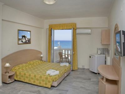 Jo An Beach Hotel 4*