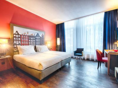 Leonardo Hotel Amsterdam City Center 3*