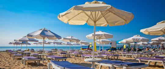 Liepą atostogaukite auksiniuose paplūdimiuose Bulgarijoje!