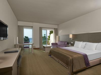 Melia Madeira Mare Resort & SPA 5*