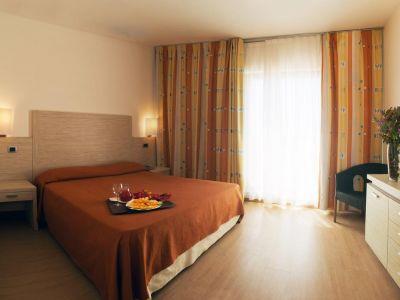 Menfi Beach Resort 4*