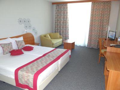 MPM Hotel Kalina Garden 4*