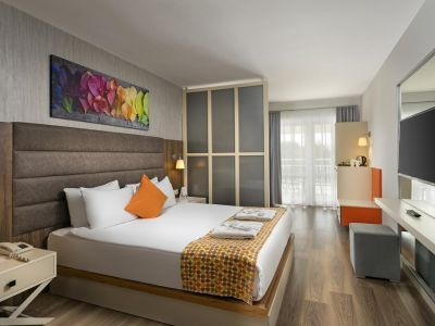 Otium Hotel Seven Seas 5*