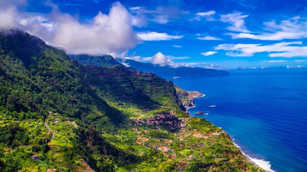 Paskutinės minutės pasiūlymai į kerinčiąją Madeirą!