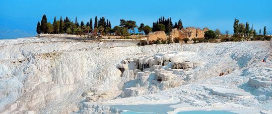 Pažintinė kelionė lėktuvu į Turkiją, aplankant Pamukalę, Marmarį, plaukiojant Daljano upe..