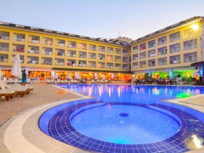 Pine House Hotel 4*