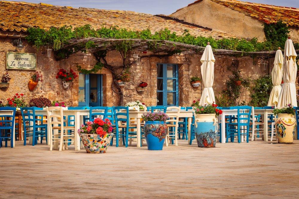 Poilsis įstabaus grožio saloje -Sicilijoje!