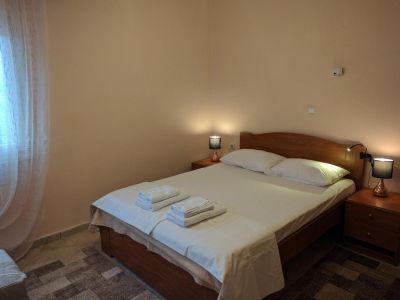 Prinos Apartments 3*