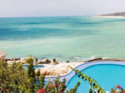 Rock Water Bay Beach Resort & Spa  3*