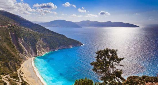 Rudenį atostogaukite unikalioje Graikijos saloje - Kefalonijoje!