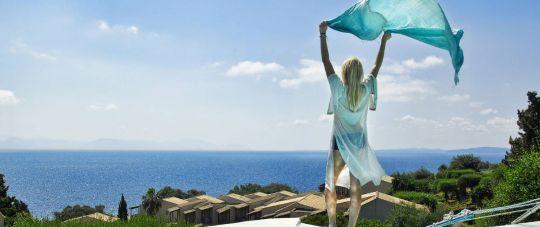 Rugsėjį atostogaukite unikalioje Graikijos saloje - Kefalonijoje!
