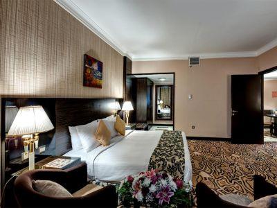 Sharjah Palace 4*