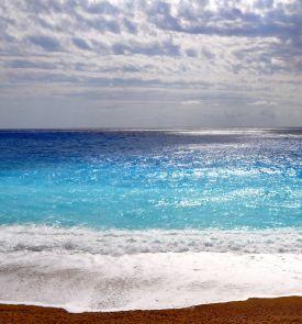 Spalį pasitikite po palmėmis saulėtoje Rodo saloje!
