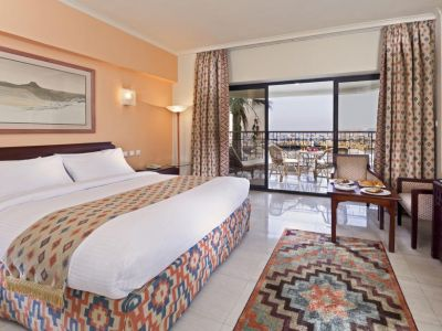 Sunrise Holidays 5*