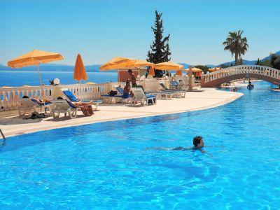 Sunshine Corfu & Spa 4*