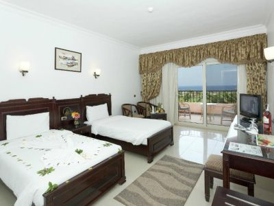 The Three Corners Happy Life Beach Resort 4*
