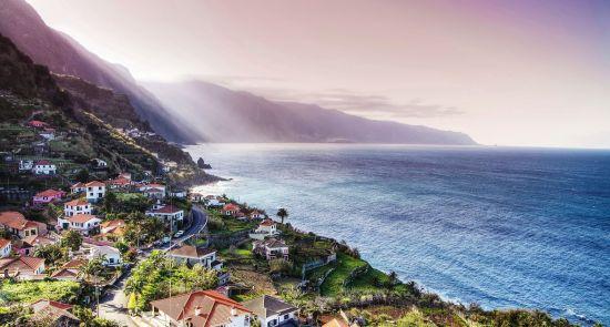 Užburiančios žiemos atostogos Madeiroje !